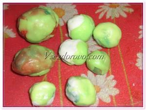 Всего желательно залить первоначальные камни 3-4 слоями разных цветов