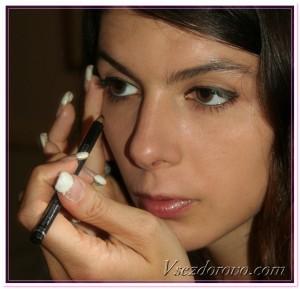 девушка с длинными ногтями фото