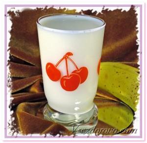 стакан молока фото