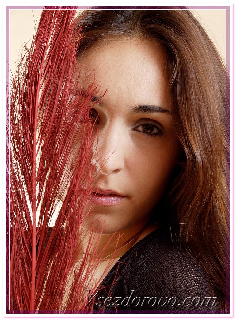 Фото брюнеток с шикарными волосами 20 фотография
