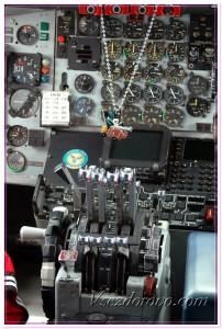 Панель управления самолетом фото