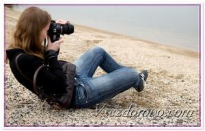 Девушка-фотограф фото