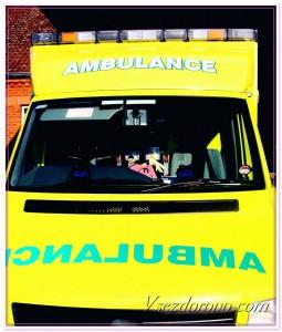 Машина скорой помощи фото