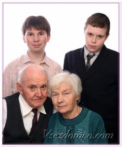 Старики и внуки фото