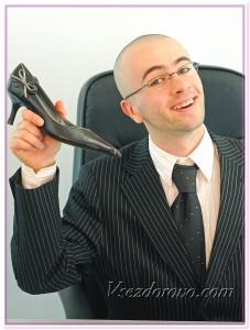 Мужчина-подкаблучник фото