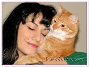 Женщина и рыжий кот фото