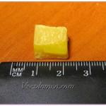 Воск пчелиный 1 грамм кубик 1см на 1см