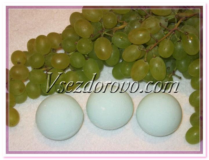 Бомбочка - зеленый виноград