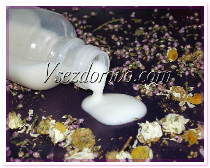 Молочко для тела рассчитано на частое (даже на ежедневное) применение, поэтому его консистенция очень важна