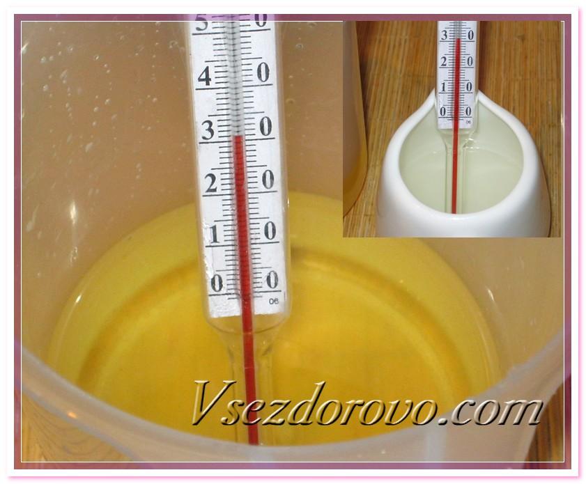 Проверяем температуру масел и щелочного раствора – они должны быть примерно одинаковые