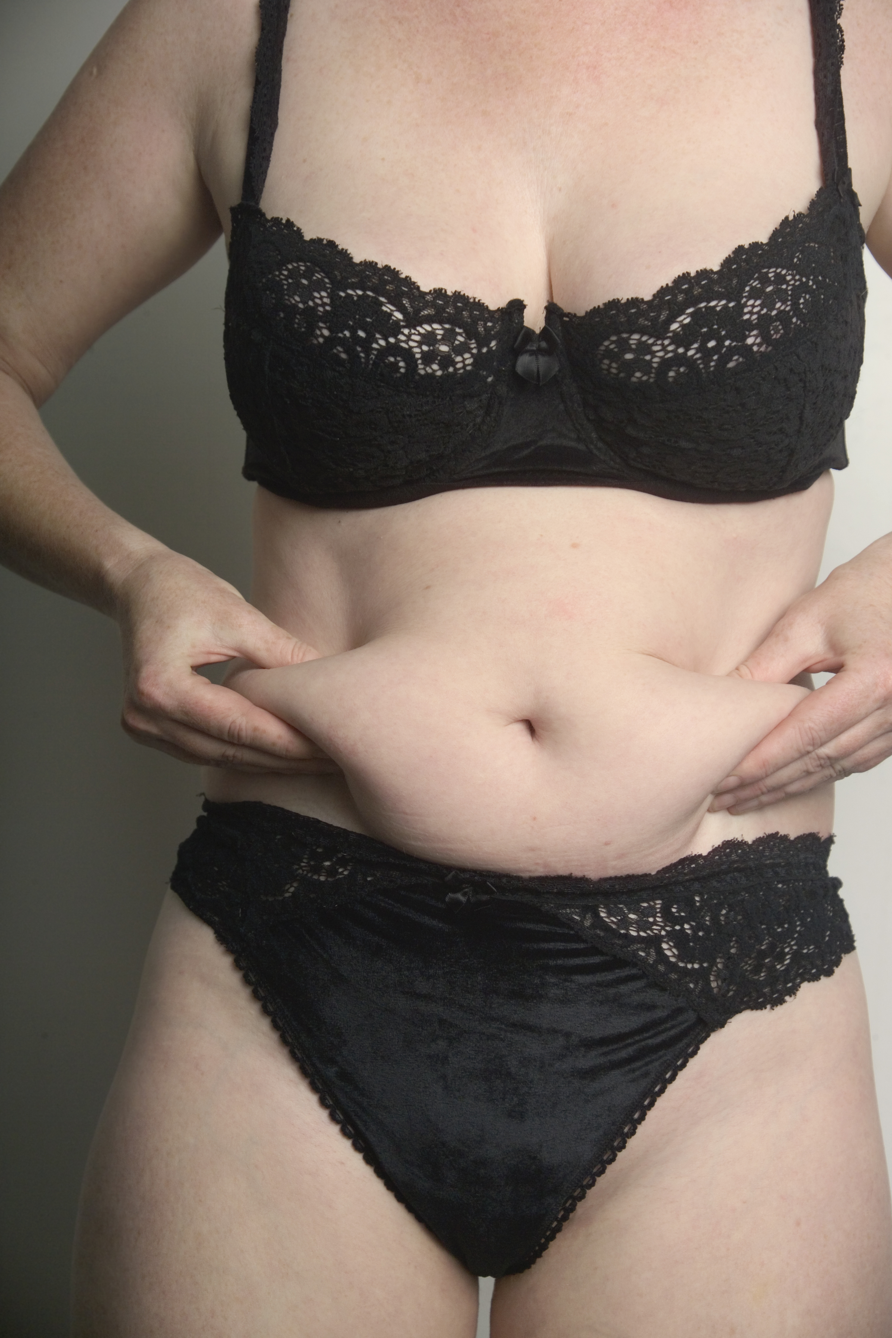 плотный жир на животе