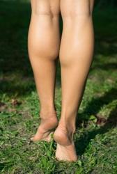 Как накачать икры ног девушкам