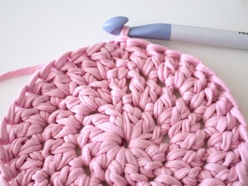 Как связать крючком круглый коврик