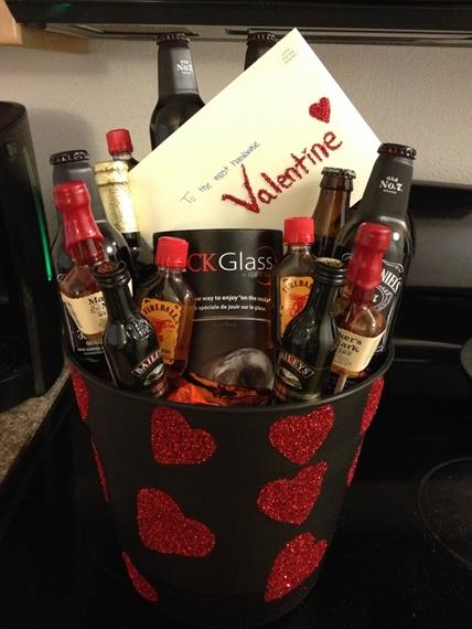 Подарок любиому на 14 февраля купить саженец розы джоро