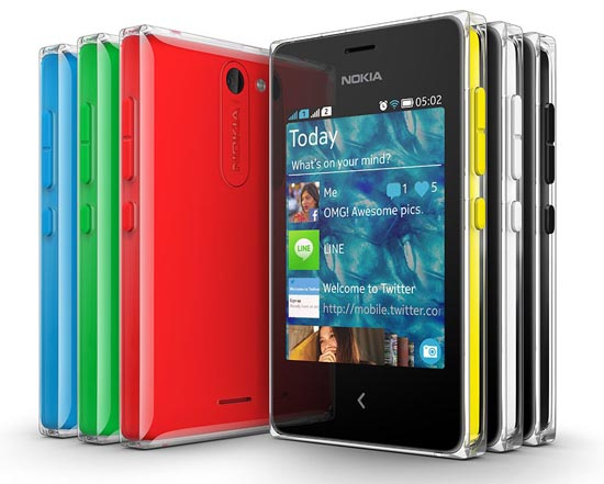 Дизайн Nokia Asha 502: игра цвета и света