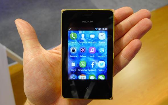Nokia Asha 502: отзывы