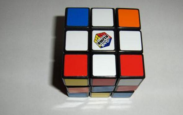 Как правильно собрать кубик Рубика