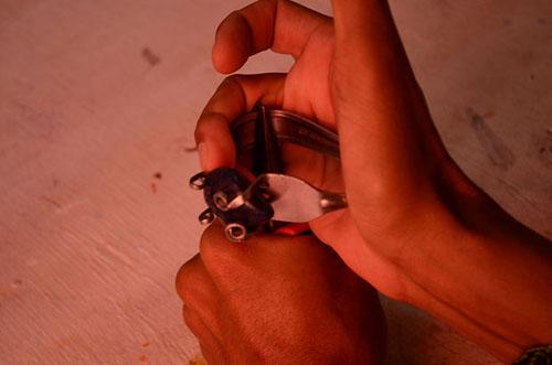 Простой браслет из вилки