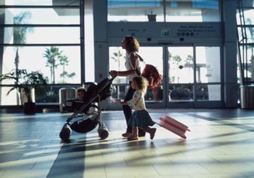 Путествуем с ребенком в аэропорту