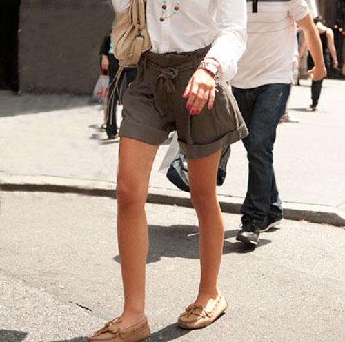 С чем носить мокасины девушкам
