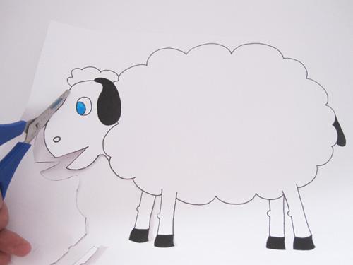 Новогодние поделки своими руками: овечка из ватных дисков, мастер-класс с фото