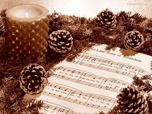 Песня в ночь на Рождество - это своеобразный добрый талисман, светлая энергия которого хранит нас в течение всего года.