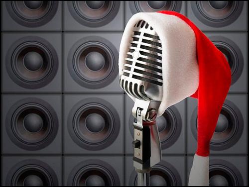 в ночь на Рождество в Америке очень популярна песняSantaBaby