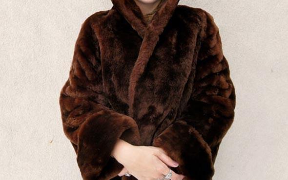 Шубы из мутона, Зима 2015-2016: как выбрать модную мутоновую шубу