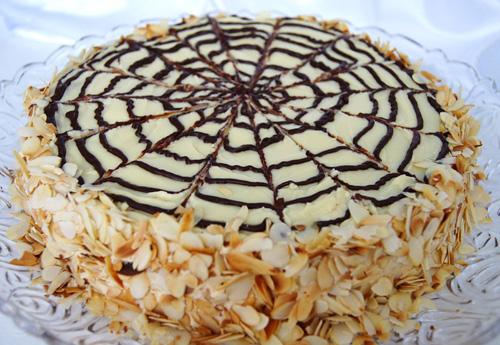 Миндально-шоколадный торт Эстерхази