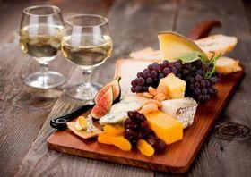 Как приготовить романтический ужин на 14 февраля для любимого