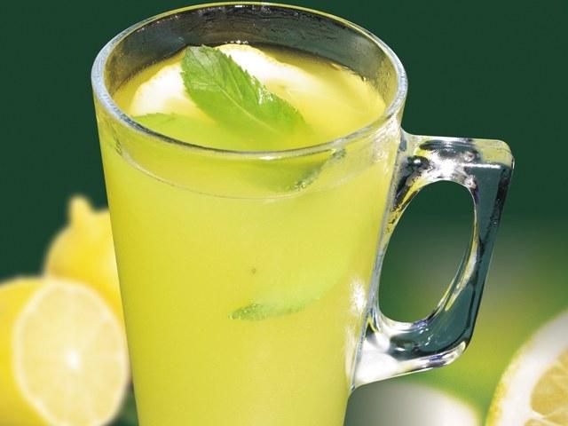стакан лимонада
