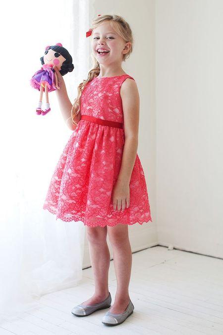 Выпускные платья для полных Faviana на