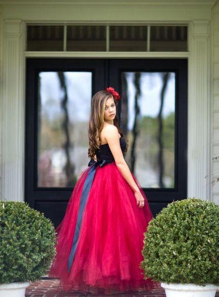 Пышные подростковые платья