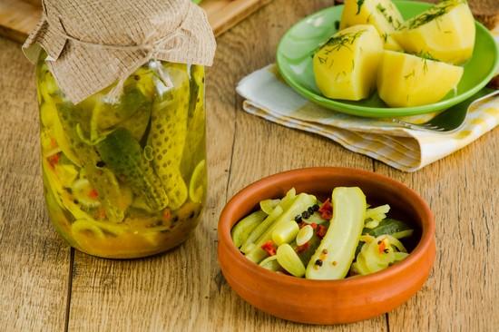 Хрустящие огурцы на зиму с водкой, лимонной кислотой, без уксуса