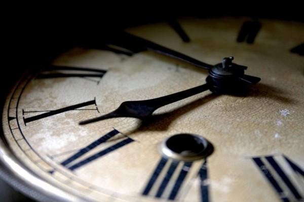 Когда в России переводят время на летнее в 2016 году? Когда переводят часы на летнее время 2016 на Украине