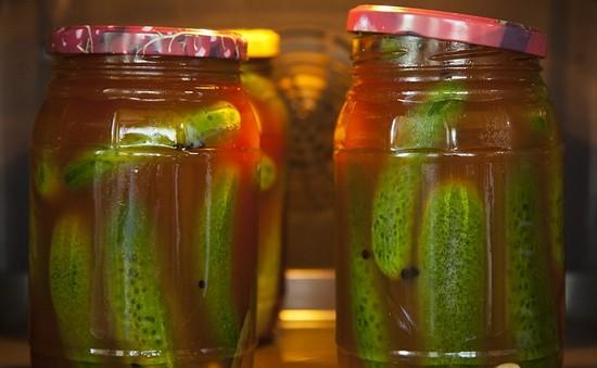 Огурцы с кетчупом на зиму - рецепты приготовления с фото и видео