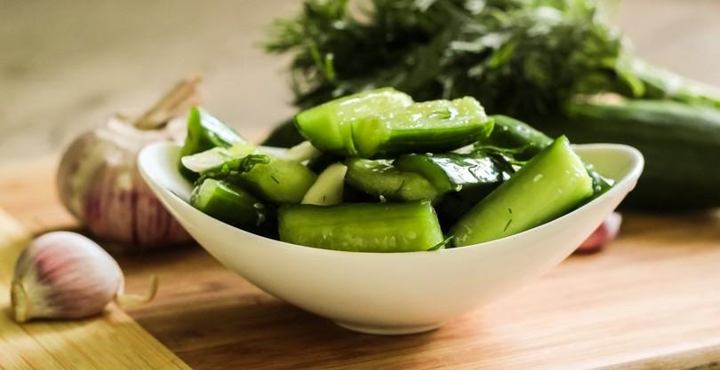 Огурцы малосольные в пакете по-быстрому - кулинарный рецепт