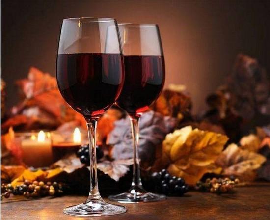 Домашнее вино из смородины - простые рецепты без дрожжей. Пошаговая инструкция приготовления вина из черной и красной смородины в домашних условиях