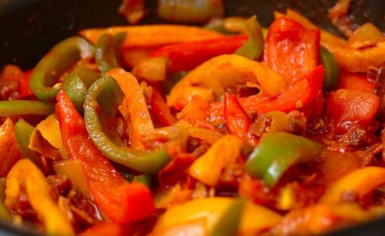 Лечо на зиму, рецепты с фото. Готовим лечо на зиму по рецептам с помидорами и перцем, без уксуса, с морковью и перцем
