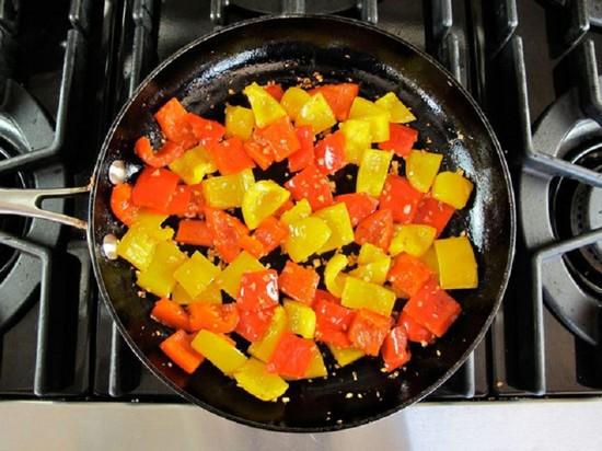 Салат из баклажанов на зиму, рецепты с фото. Заготовки салатов из баклажанов на зиму: по-корейски, без стерилизации, «Тещин язык»