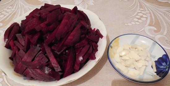 консервация салатов из свеклы на зиму рецепты