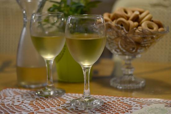 Вино из винограда без водки