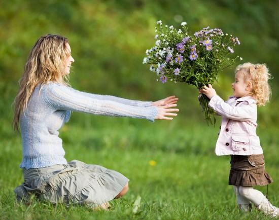 stixi-dlya-mamy-12 Стихи маме от дочери и сына (взрослые): трогательные стихи о маме. Поздравления маме в стихах.