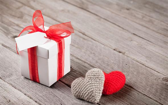 Подарок любимой на 14 февраля руками лучшие цветы купить в минске