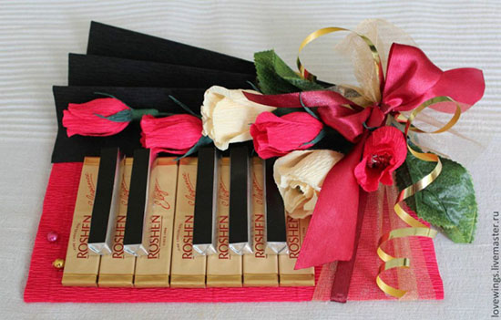 Подарок учителю на 8 марта своими руками от класса где можно купить розы дешевые в екатеринбурге