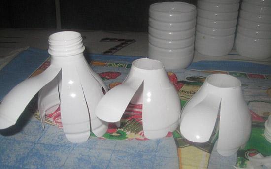 Поделки из пластиковых бутылок своими руками для сада и огорода