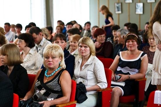 Изображение - Поздравление родителей на выпускной 11 класс otvetnoe-slovo-roditeley-na-vypusknom-11-klass-3