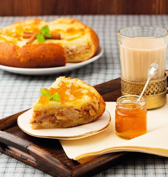 Шарлотка на кефире с яблоками простой рецепт в духовке