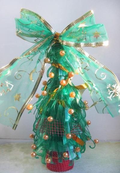 Как сделать елку своими руками в домашних условиях, школу на конкурс и детский сад - новогодняя елка из бумаги, ватных дисков, н