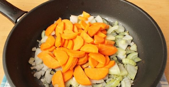 Картошка с мясом в духовке - 5 лучших рецептов с фото